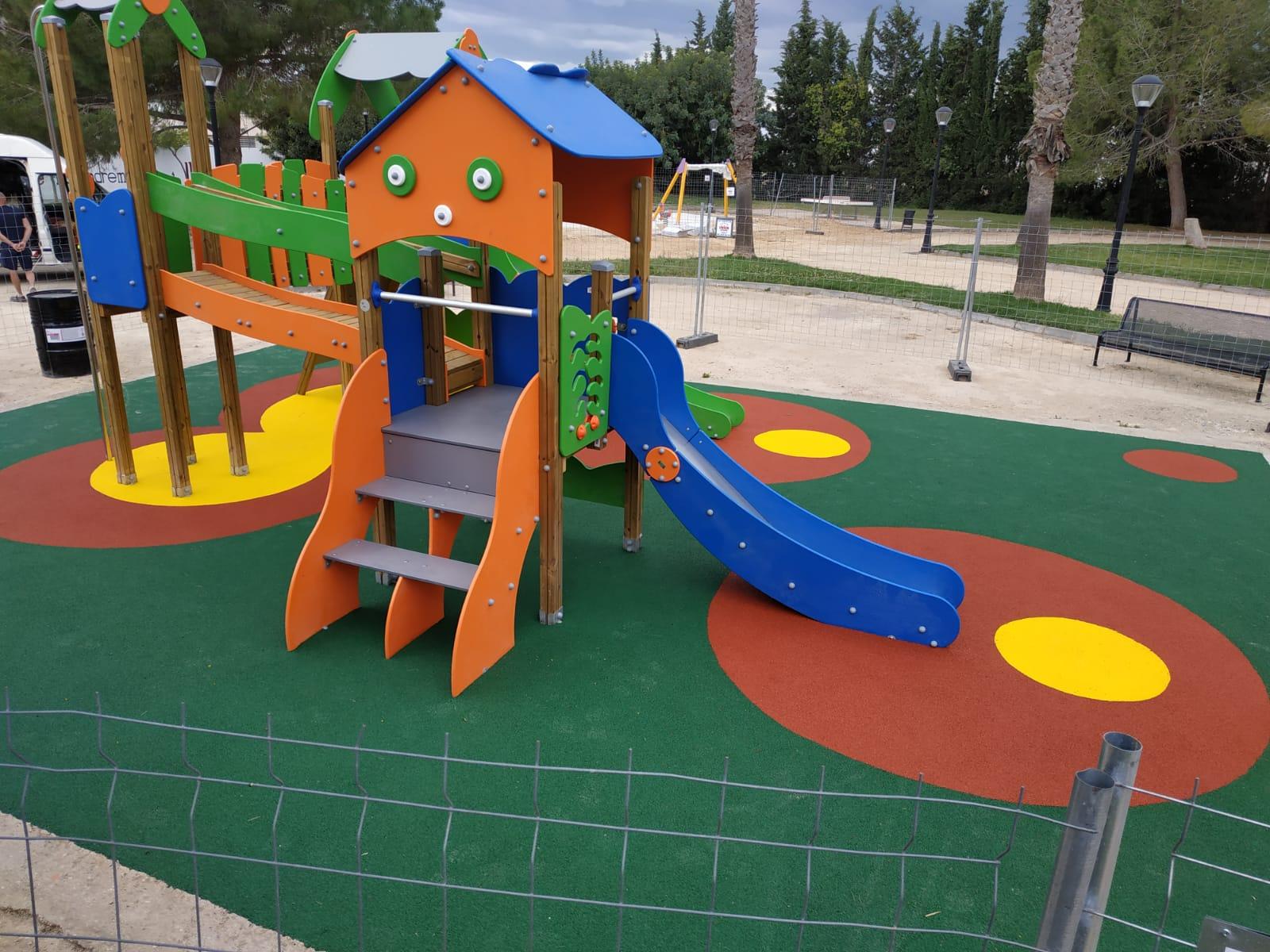 Suelo de Caucho y Juegos Infantiles en Montserrat