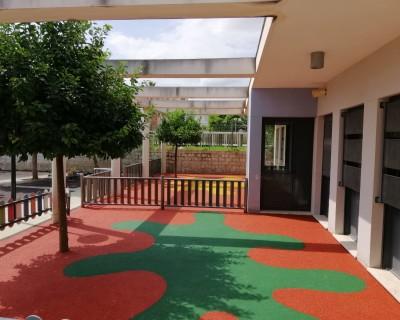 Suelo de Caucho en colegio de Llanera de Ranes