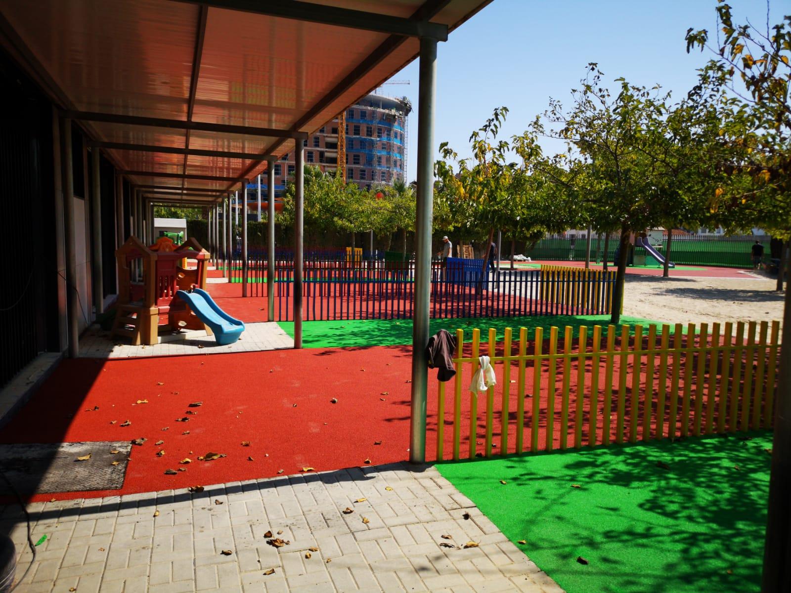 suelo de caucho en colegio de Alboraya