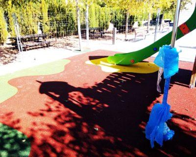 Suelo de caucho y Juegos Infantiles en La Pobla de Vallbona