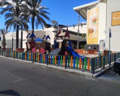 Vallas de colores para parque infantil