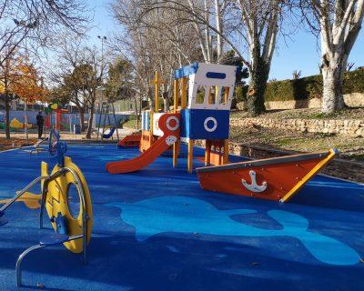 Parque infantil náutico en Requena